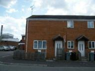 Flat to rent in Manor Way...