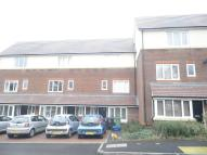 Town House to rent in Dalmeny Way, Epsom