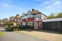 Parklawn Avenue house to rent