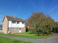 4 bed semi detached house in Orchard Way, Wymondham