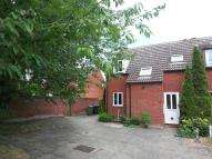 3 bed semi detached house to rent in High Street, Attleborough