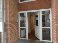 2 bed Ground Flat in Orchid Mews...