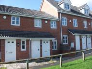 2 bed property to rent in 47 College Fields...