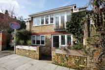 2 bedroom property in Beechwood Avenue, Kew...