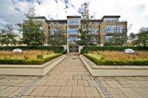 Apartment to rent in Whitcome Mews, Kew...