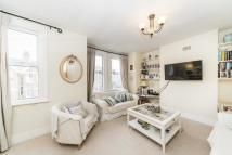 Flat in Darell Road, Kew, TW9