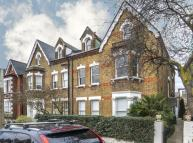 1 bed Flat to rent in Priory Road, Kew, TW9