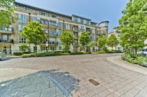 1 bed Flat to rent in Melliss Avenue...