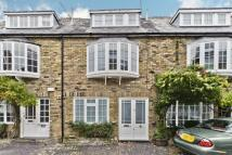 2 bedroom Mews in Lonsdale Mews , Kew...