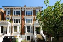 1 bedroom Flat in Kew Road...