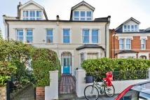 Sandycombe Road Flat to rent