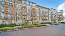 Apartment to rent in Melliss Avenue, Kew...