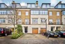 Town House to rent in Kelsall Mews, Kew, TW9