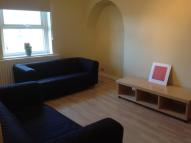 Apartment to rent in Cheltenham Mount...
