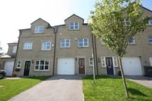 3 bed Mews in Fowlers Croft, Otley...