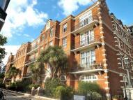 Flat to rent in Richmond Bridge Mansions...