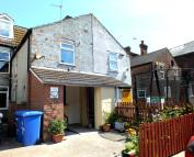 1 bed Ground Flat in Beach Road, Lowestoft...