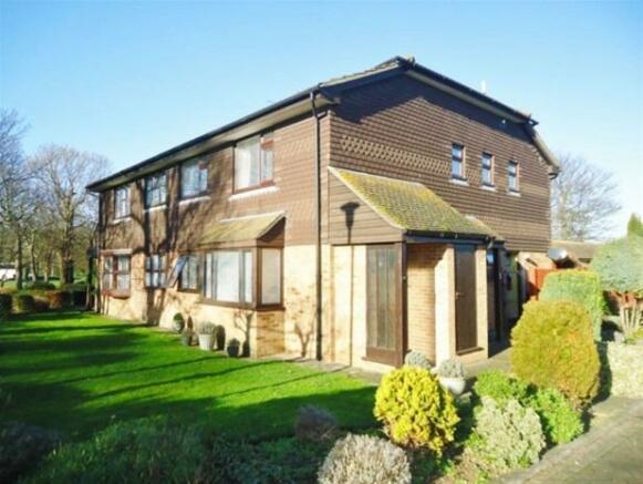 2 Bedroom House To Rent In Birchington Kent CT7