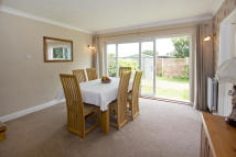 4 bed Detached property for sale in Cerne Road, Gravesend...