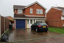 Detached home in Wrens Croft, Gravesend...