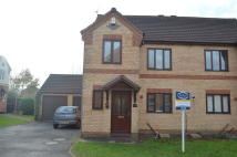 3 bed semi detached house in Forge Close, Fleckney...