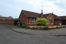 2 bed Detached Bungalow in Woodfield Road
