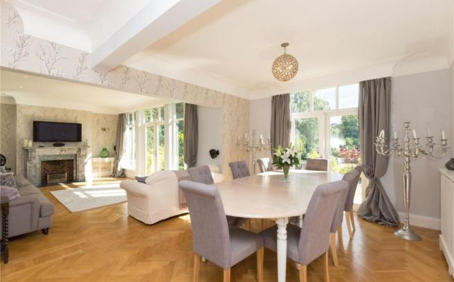 Dining\Drawing Room