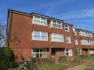 Apartment to rent in Bourne End