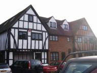 3 bedroom Apartment in Wooburn Green