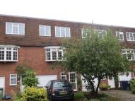 property to rent in Fieldhead Gardens, Bourne End