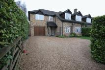 5 bed semi detached home to rent in Dean Lane, Cookham...