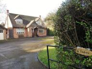 3 bedroom Detached property to rent in Cookham