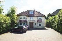 Detached house in Uphill Drive, Mill Hill