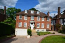 6 bedroom Detached property in Pine Grove, Totteridge