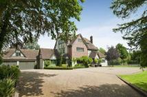 10 bedroom Detached property in Totteridge Common...
