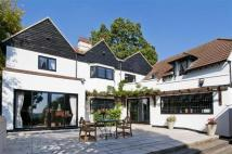 5 bedroom Detached property for sale in Barnet Road, Arkley