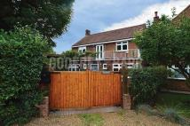 4 bedroom Detached house in Tudor Close, Mill Hill
