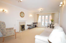 Apartment for sale in Langstone Way, London
