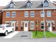 Town House to rent in Rosebud Close, Swalwell...