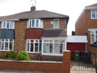 3 bedroom semi detached house to rent in Bampton Avenue...