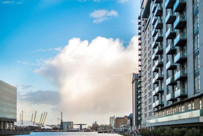 Canary Wharf, E14
