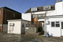 Flat to rent in Canterbury Road...
