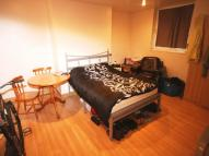 3 bed Flat to rent in Mountjoy Road...