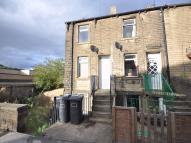 Wakefield Road Terraced house to rent