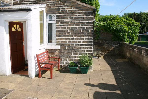 SHARED REAR GARDEN