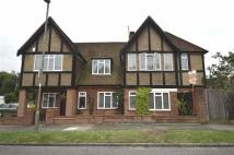 4 bed Link Detached House in Friary Way, Finchley