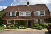4 bed Detached house in Barham Court...