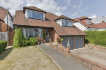 4 bed Detached property for sale in Rowbourne Place, Cuffley