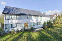 6 bedroom Detached home to rent in The Ridgeway, Cuffley...