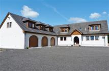 8 bedroom Detached house in Littleshaws, SHAWSBURN